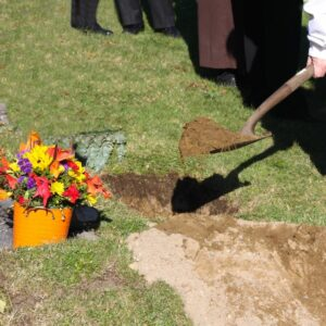 Many are unaware that graveside services are an option for a funeral